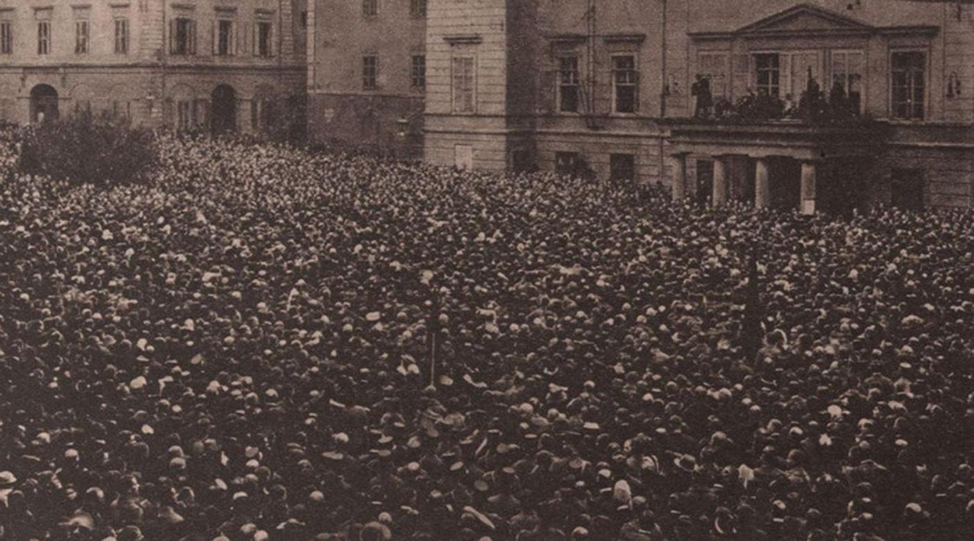 Proklamierung der Republik in Graz am 12. November 1918 am Freiheitsplatz © GrazMuseum